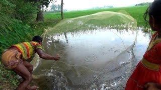 Net fishing।Traditional Cast Net Fishing in River। Fishing with a cast net (part-301)