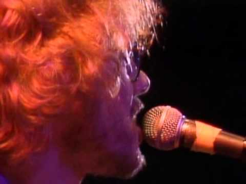 Warren Zevon - Johnny Strikes Up The Band - 10/1/1982 - Capitol Theatre (Official)