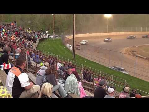 Twin Cities Raceway Park | 4.23.17 | Hornets | Feature