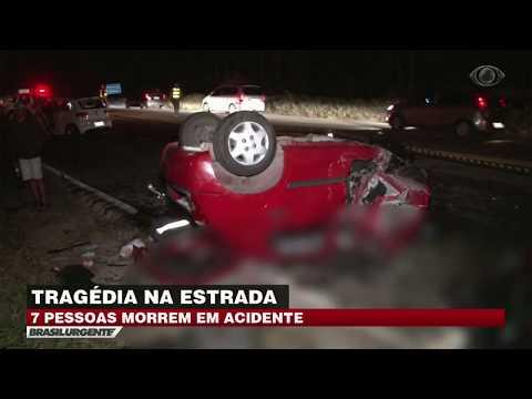 Acidente deixa sete mortos em estrada no interior de SP