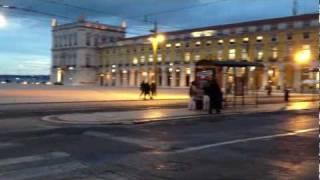 コメルシオ広場のジョゼ1世騎馬像  リスボン   ポルトガル