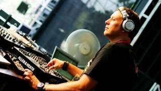 Umek Live @ Timewarp Maimarkthalle Mannheim Germany (06.04.2002)