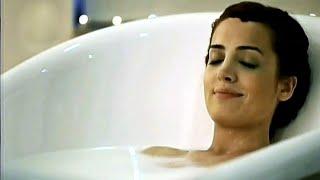 İrem Sak  Küvette Banyo Sahnesi (39.Altın Kelebek - 2012)