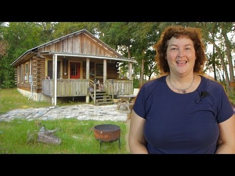 Small Log Cabin Kits: A walkthrough of Becky's small log cabin floor plans.