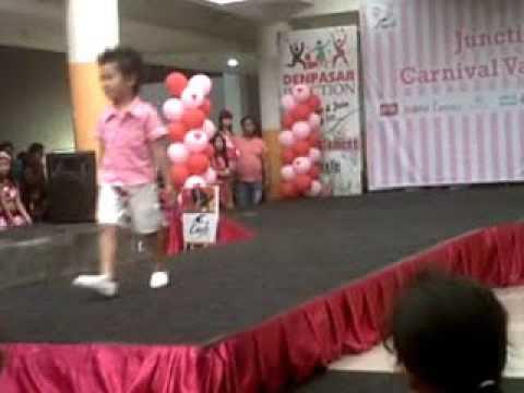 Lomba Fashion Show Anak Casual Valentine