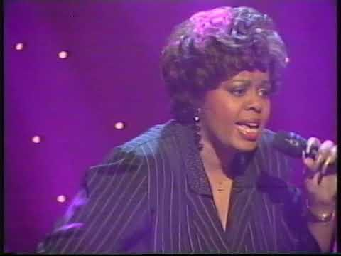 Robin S - live totp show me love
