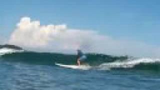 日本を代表するサーフィンスポットである高知県東洋町の生見(いくみ)海...