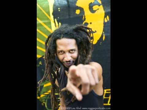 Rootz Underground - Jah love is the solution.wmv