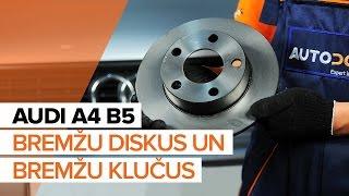 priekšā un aizmugurē Bremžu uzlikas montāža AUDI A4: video pamācības