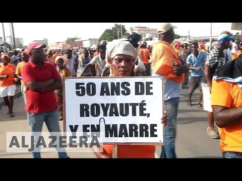 Togo opposition coalition urges constitutional change amid protests