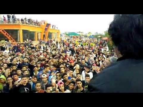 اغنية كانسر احمد كامل  لايف من حفل توينز ايفينت في القناطر