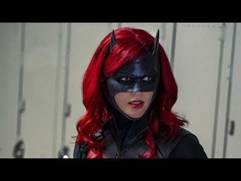 Batwoman In Trouble - Ruby Rose Quits
