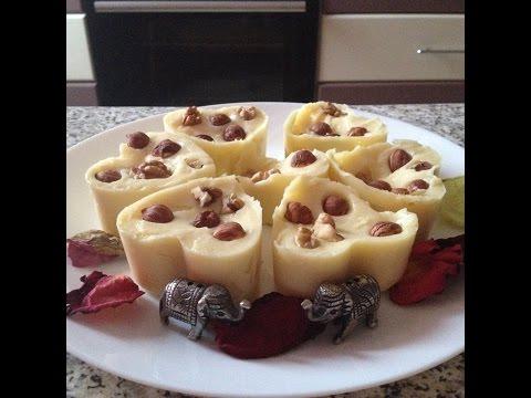 Чурчхела - грузинская сладость из сока и орехов, как
