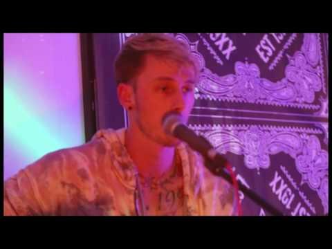 Everlong cover (Live from The Blvd) - Machine Gun Kelly x Tillie