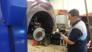 Gary Evans Master Honda Tech does brake job