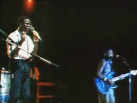 Musical Youth - Pass The Dutchie   Live at Sunsplash 1983