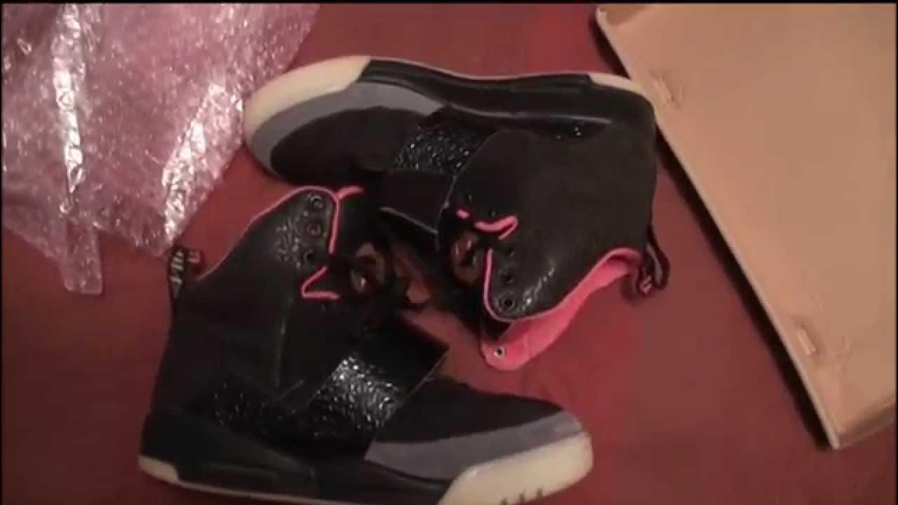 sustantivo Español tijeras  EBAY STEAL Nike Air Yeezy 1 Black/Pink BLINK Unboxing and review ...