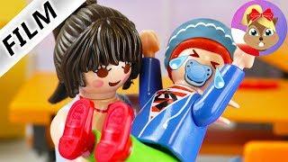 Playmobil Film polski | UCZNIOWIE JAK NIEMOWLAKI? Nauczycielka ogarnięta matczynym instynktem