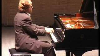 W.A. Mozart. Sonata C-dur KV.309. Andante un poco Adagio