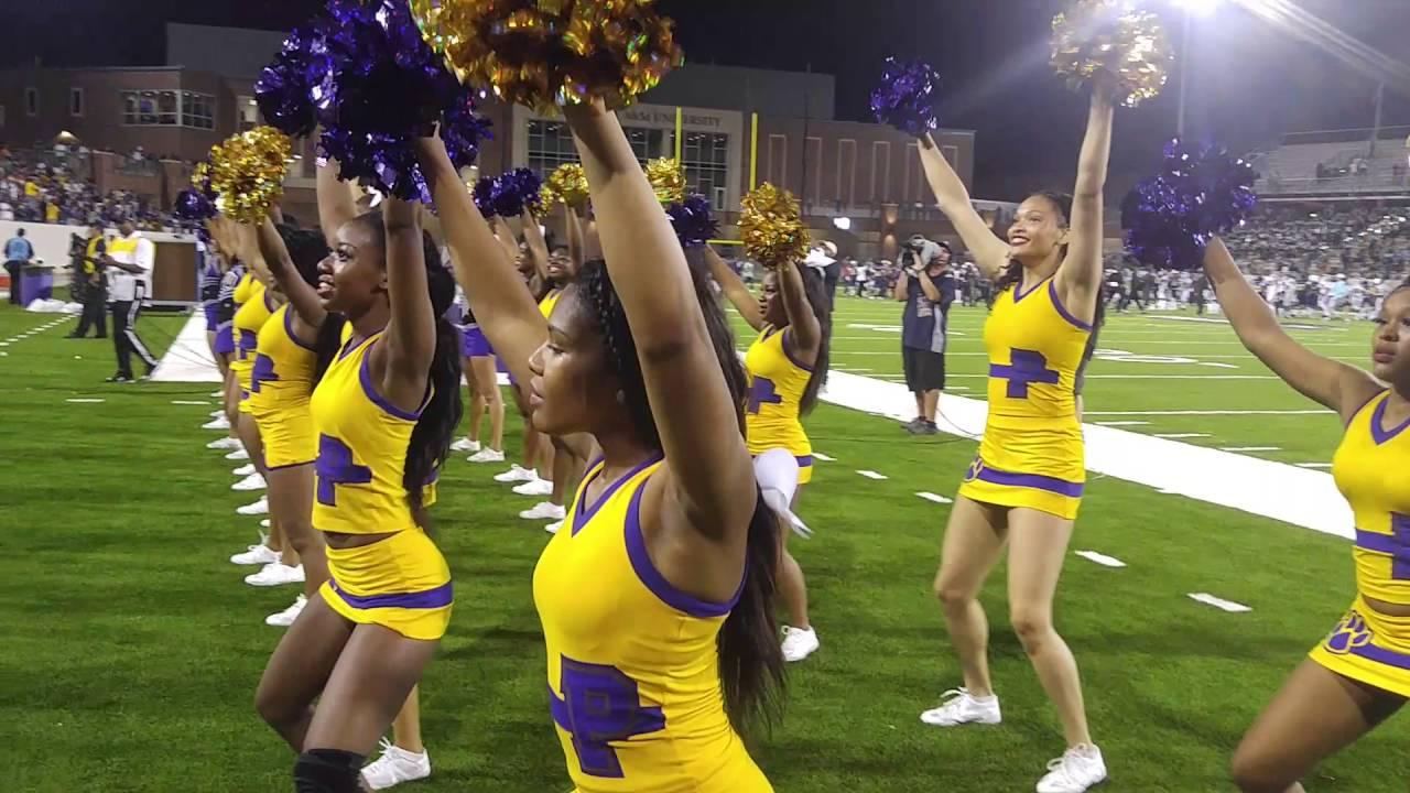 Teen cheerleader vs black football player - 5 6
