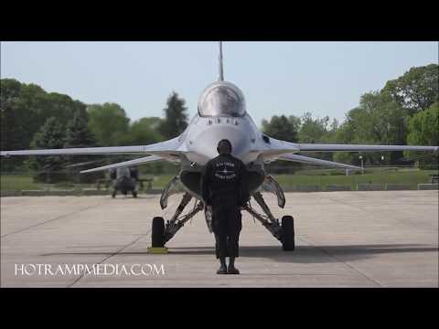 U.S.A.F F-16 Fighting Falcon demonstration team- 2017 Rhode Island Air Show