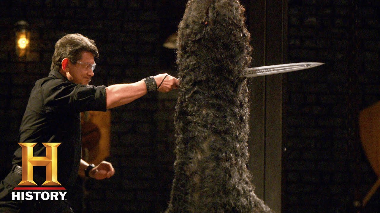 Download Forged in Fire: Medieval Sword of Mystery STRIKES FAST in the Final Round (Season 8) | History