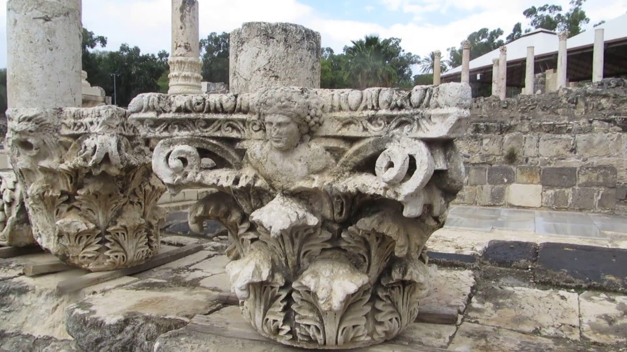 beit she an israel a corinthian capital of a pillar bearing the