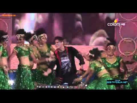 Vivek Oberoi  Dance Performance On Ganpat !! Umang Awads (2012)