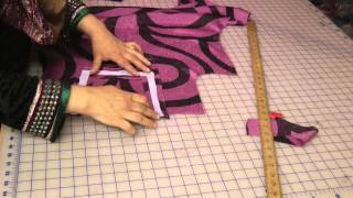 Repeat youtube video Attaching Neckline