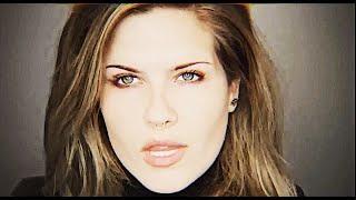 Voice Actress Erica Lindbeck Attempts Makeup (Shocking & Sad)