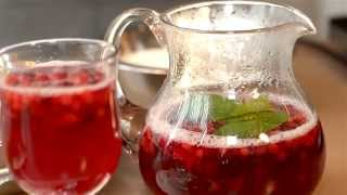 Напиток из клюквы и брусники