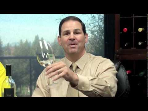Thumbs Up Wine Review: 2011 Venetian Moon Pinot Grigio, Two Thumbs Up