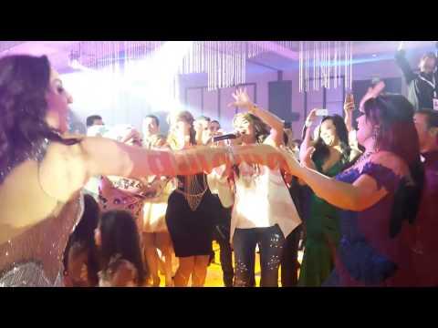 وشوشة |  رقص فيفي عبده  و وفاء عامر في فرح