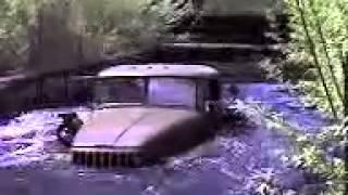 Военный УРАЛ плывет по реке, лучшие грузовые автомобили(Военный УРАЛ плывет по реке, лучшие грузовые автомобили. Грузовые автомобили и военная техника УРАЛ это..., 2014-03-25T10:48:14.000Z)