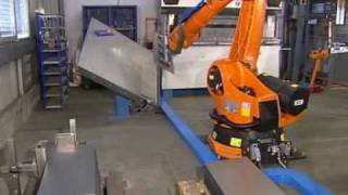 Automatic bending of sheet metal with a KUKA robot
