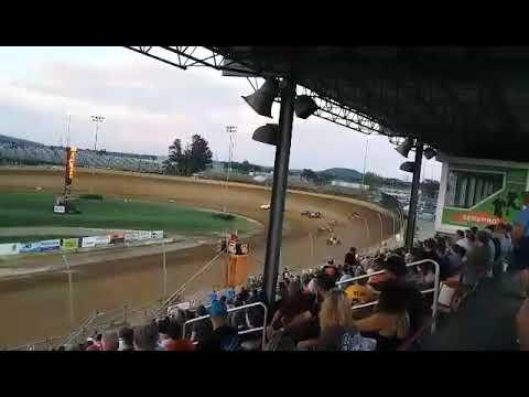 Sprint Car Heat @ Lawrenceburg Speedway Landon Simon Takes the Win