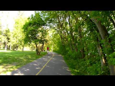 Walking through Kingsview Park, Ottawa (bellycam Part One).
