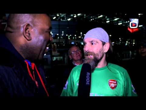 Arsenal 2 Fulham 0 - Bully Gets Szczesny's Shirt -  ArsenalFanTV.com