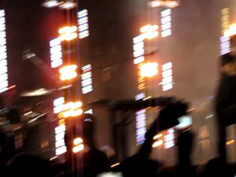 nine inch nails - piggy (nothing can stop me now) Live mp3
