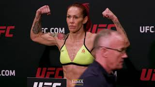 Video UFC 219 Official Weigh-In Video - MMA Fighting download MP3, 3GP, MP4, WEBM, AVI, FLV September 2018