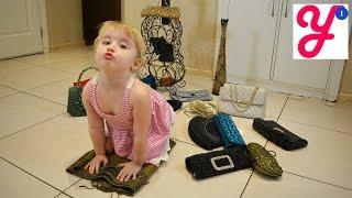 Fashion show 15 Handbags and clutches - Модный показ 15 дамских сумочек и клатчей(Сегодня мы покажем наши модные сумочки и клатчи. Если вам понравится наше видео, пожалуйста, ставьте лайки..., 2016-02-25T13:07:49.000Z)