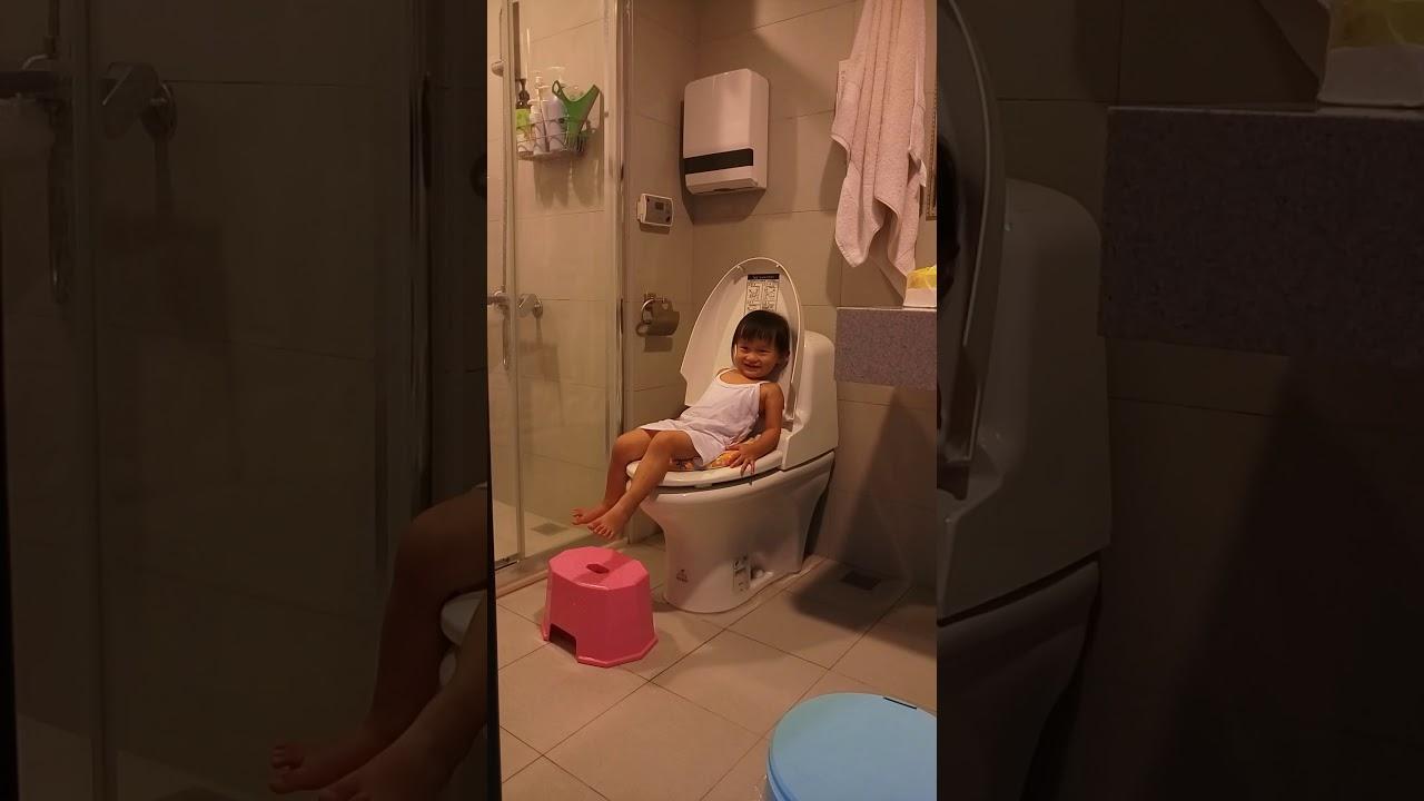 自己做馬桶上廁所