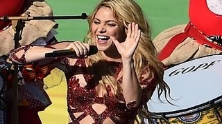 shakira gave a sexy performance at fifa world cup 2014 final match closing ceremony