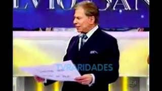 Silvio Santos com cabelos brancos e novo cenário - Programa Silvio Santos (18/03/2012) Free HD Video