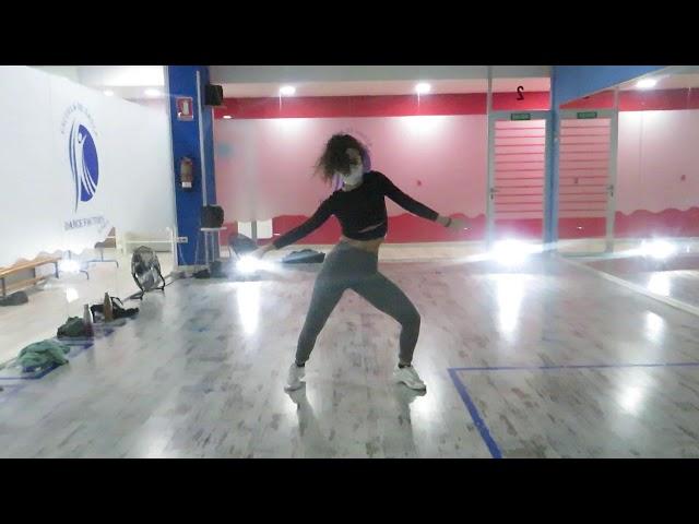 Formación-workshop Noelia Trijueque Dancehall Female 24.10. 20