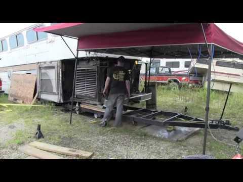 Scenicruiser 858 - Engine Installation