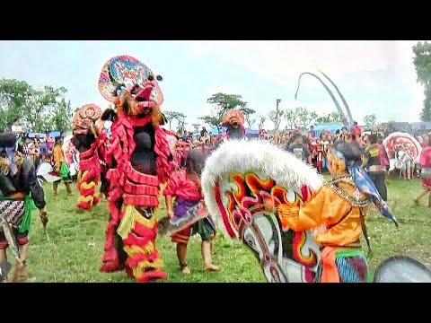 Pentas Jaranan Spektakuler--Jaranan Legowo Putro Live Lapangan Sonoageng Prambon