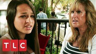¡Jóvenes insultan a Jazz en restaurante!   Soy Jazz   TLC Latinoamérica