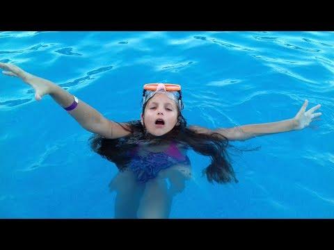 Вопрос: Как не утонуть?