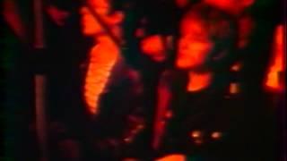 DOGS soundcheck + Shakin with Linda (Lyon 1982)